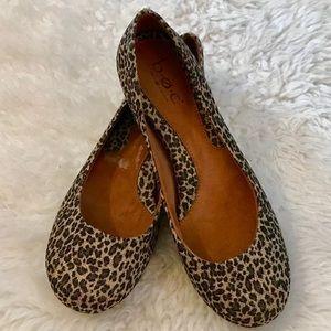 🌟BNWOB🌟BØC Børn Cheetah Print Flats Size 8🌟